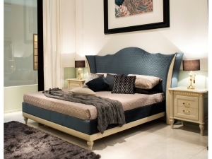 Кровать + прикроватные тумбы